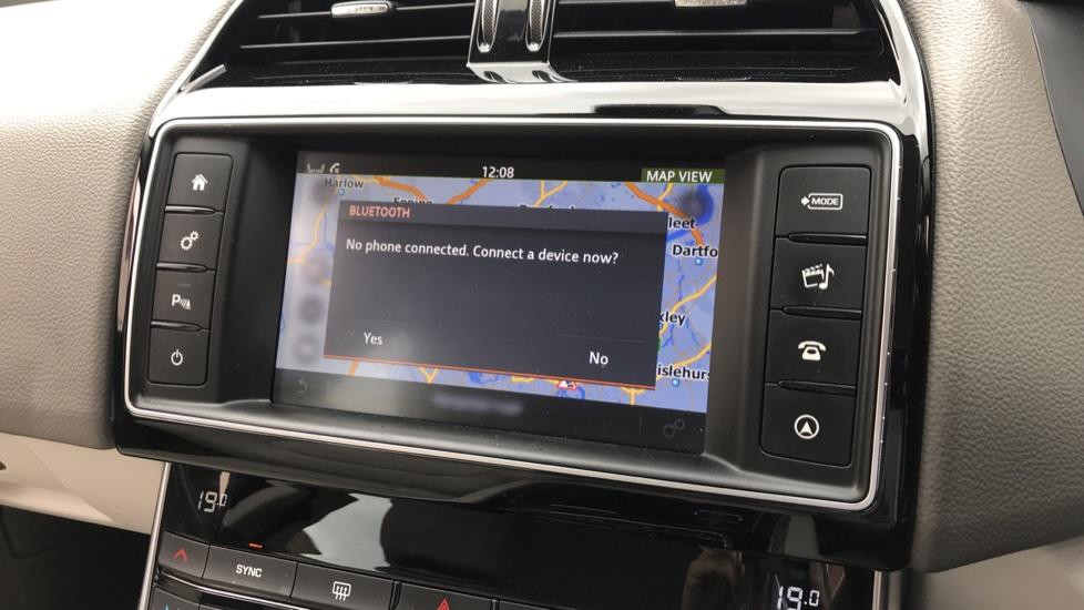 Jaguar XE 2.0d Prestige with Heated Seats and Parking Sensors image 14