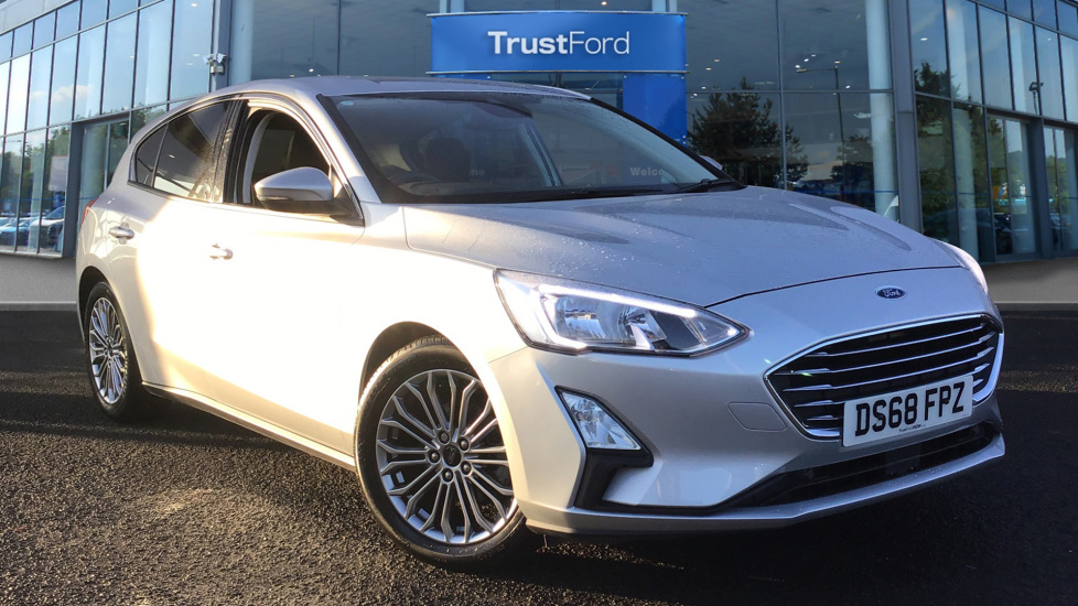 Used Ford FOCUS DS68FPZ 1