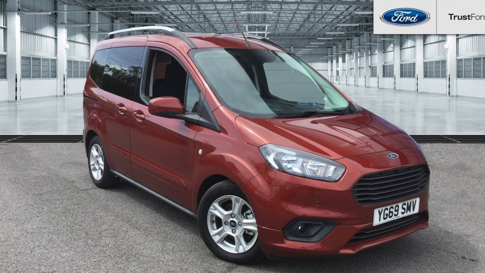 Used Ford TOURNEO COURIER YG69SMV 1