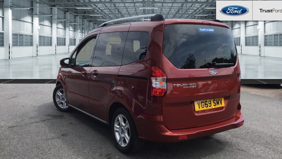 ford tourneo courier 2020 - red | £14,500 | wakefield
