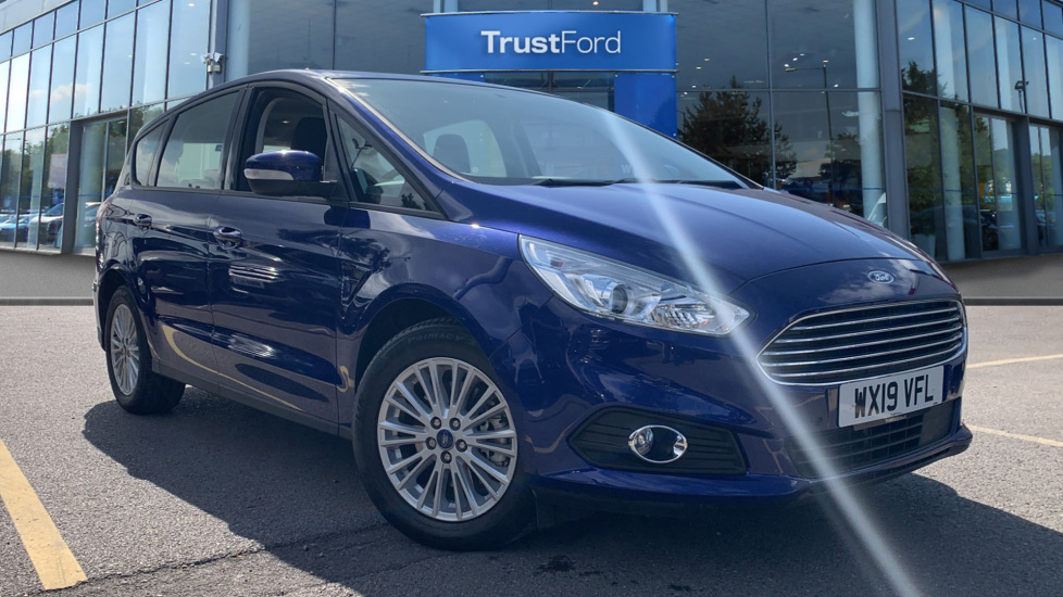 Used Ford S-MAX WX19VFL 1