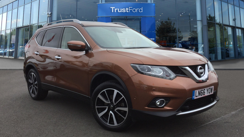 Used Nissan X-TRAIL LN66YOW 1