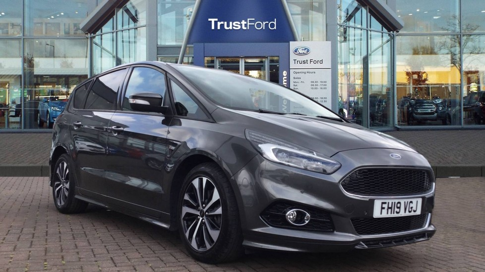 Used Ford S-MAX FH19VGJ 1