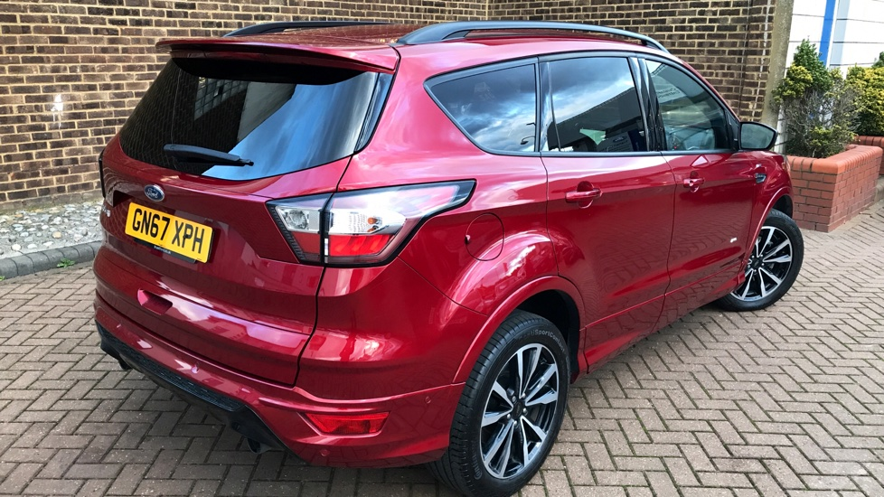 Ford KUGA ST-Line £23,370