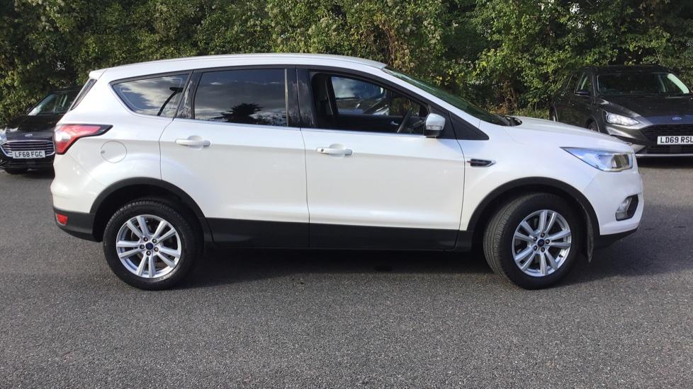 Ford KUGA 2017 - Platinum White   £12,000   Kingston ...