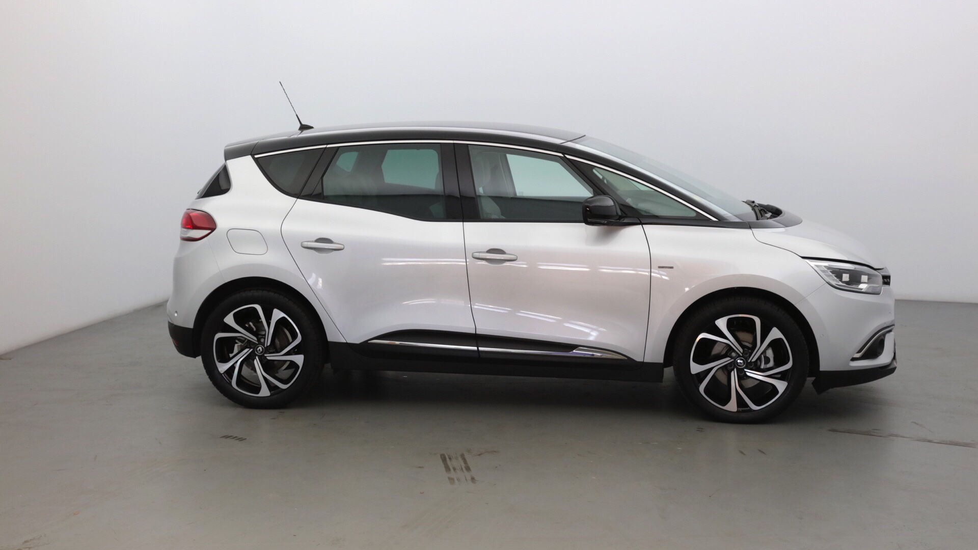 RENAULT SCENIC 1.6 DCI 130CH ENERGY EDITION ONE - Miniature 4