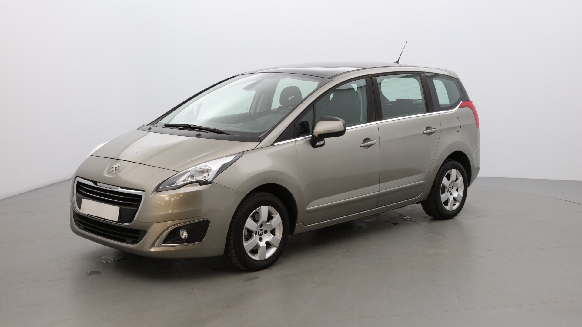 PEUGEOT 5008 1.6 BLUEHDI 120CH S&S ACTIVE EAT6 - Photo 1
