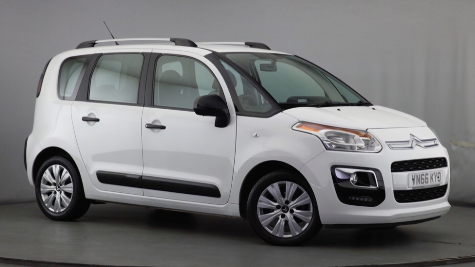 Citroen Redditch Citroen Dealers New Amp Used Cars Amp Vans Redditch Robins And Day
