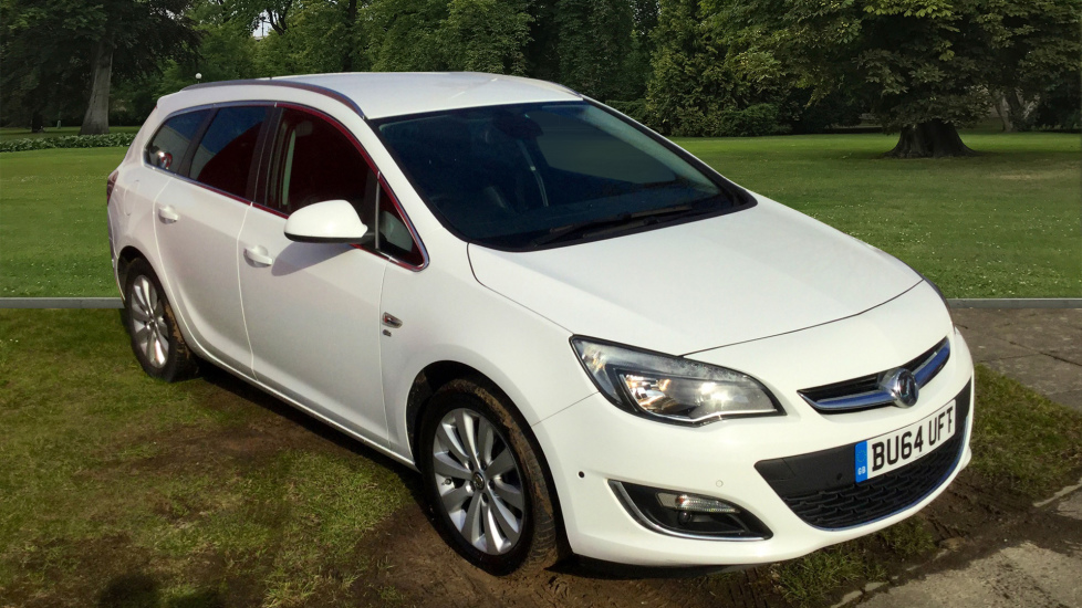 Used Vauxhall ASTRA Estate 2.0 CDTi 16v Elite Sport Tourer (s/s) 5dr