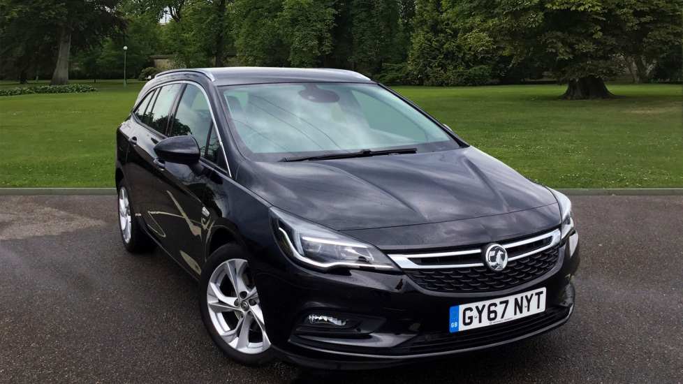 Used Vauxhall Astra Estate 1.6 CDTi BlueInjection SRi Nav Sports Tourer (s/s) 5dr