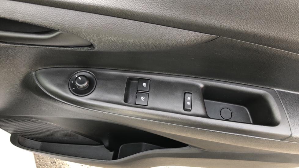 Vauxhall Viva 1.0 SE [A/C] image 10