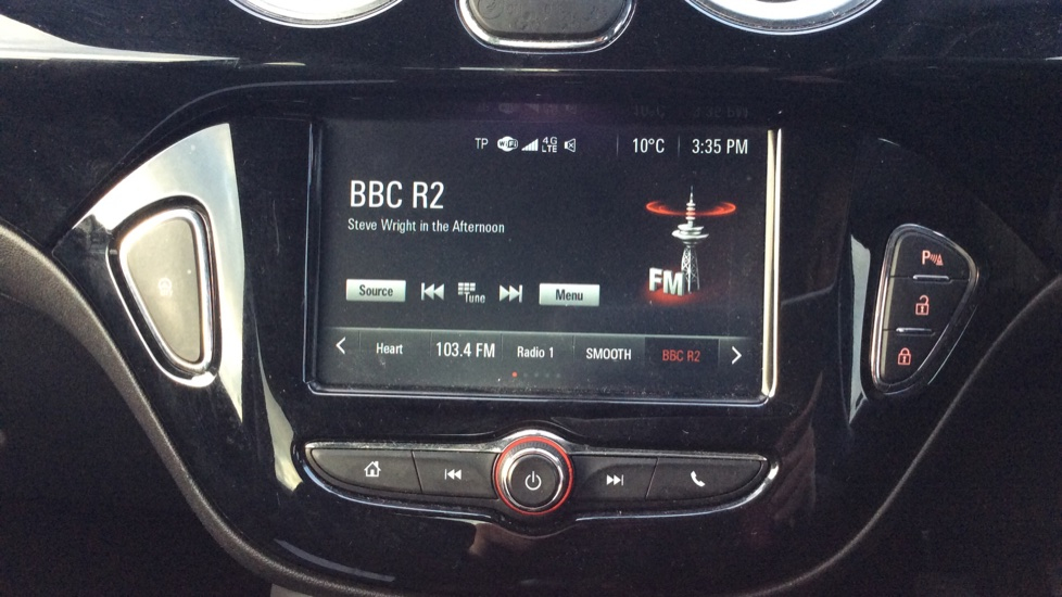 Vauxhall Adam 1.2i Rocks Air 3dr image 18