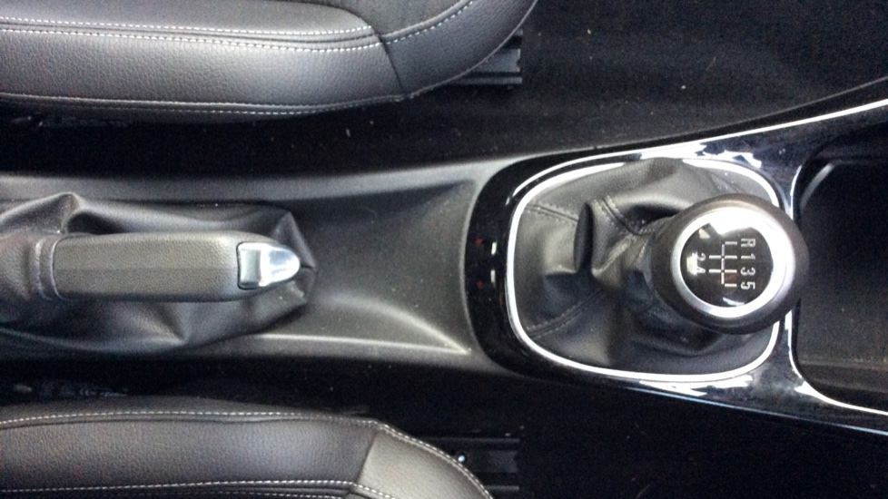 Vauxhall Adam 1.2i Rocks Air 3dr image 21