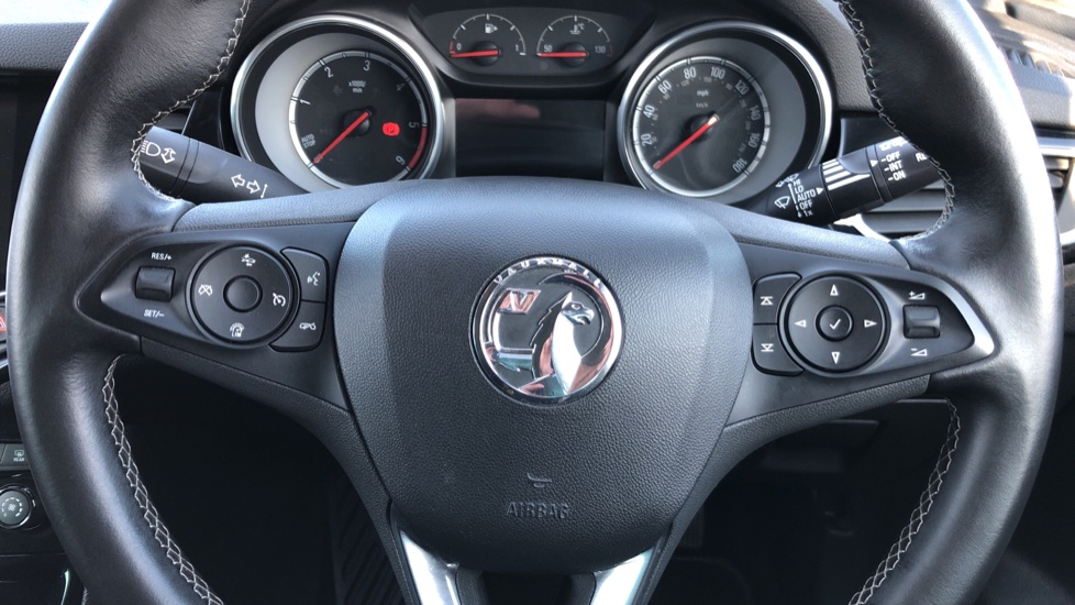Vauxhall Astra 1.6 CDTi 16V 136 SRi Nav 5dr image 12