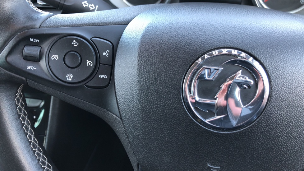 Vauxhall Astra 1.6 CDTi 16V 136 SRi Nav 5dr image 13