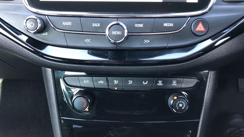 Vauxhall Astra 1.6 CDTi 16V 136 SRi Nav 5dr image 22