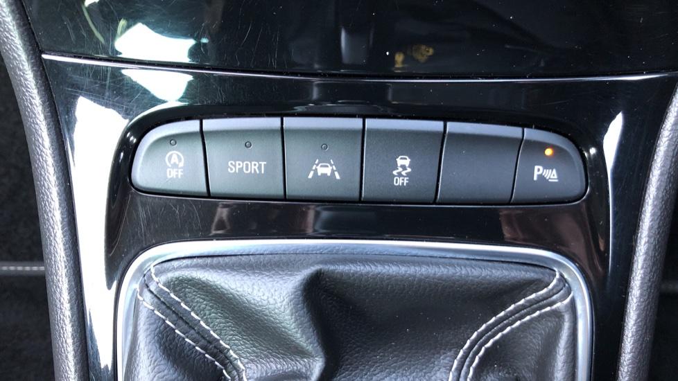 Vauxhall Astra 1.6 CDTi 16V 136 SRi Nav 5dr image 23