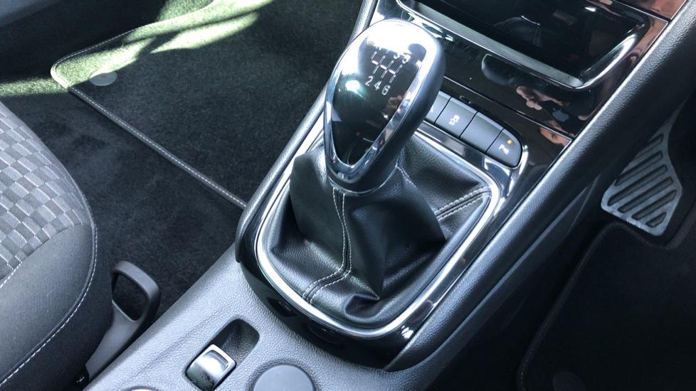 Vauxhall Astra 1.6 CDTi 16V 136 SRi Nav 5dr image 24