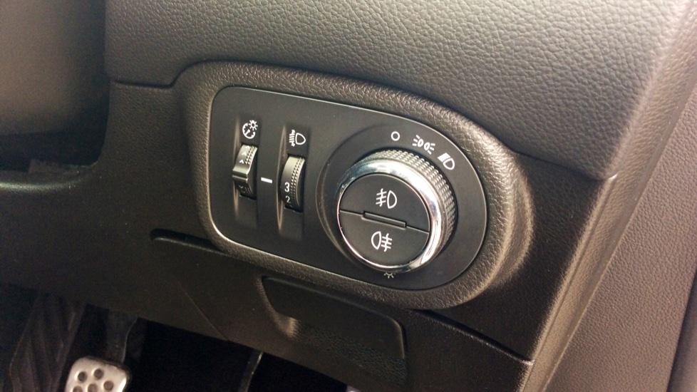 Vauxhall Zafira 1.6 CDTi ecoTEC SRi Nav 5dr image 11