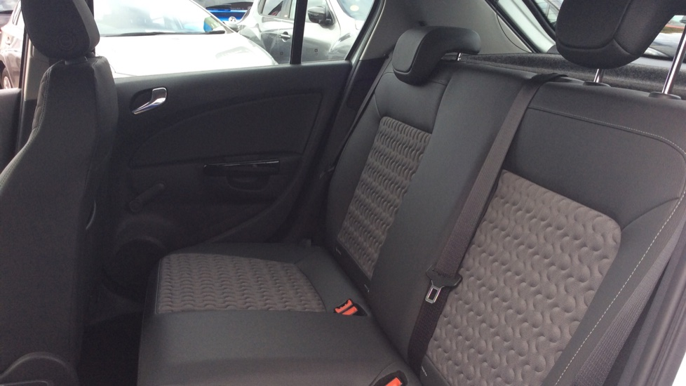 Vauxhall Corsa 1.4 SE 5dr image 4