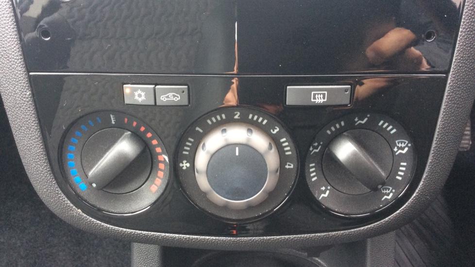 Vauxhall Corsa 1.4 SE 5dr image 19