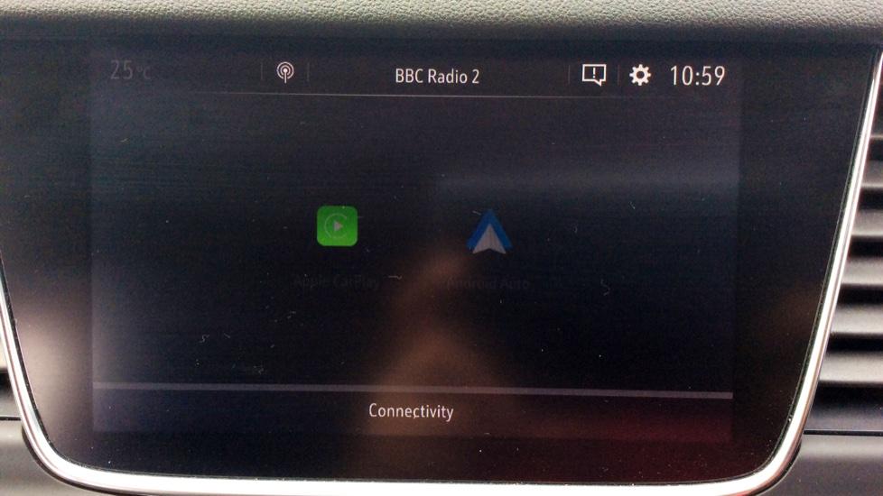 Vauxhall Grandland X 1.6 Turbo D Tech Line Nav image 16