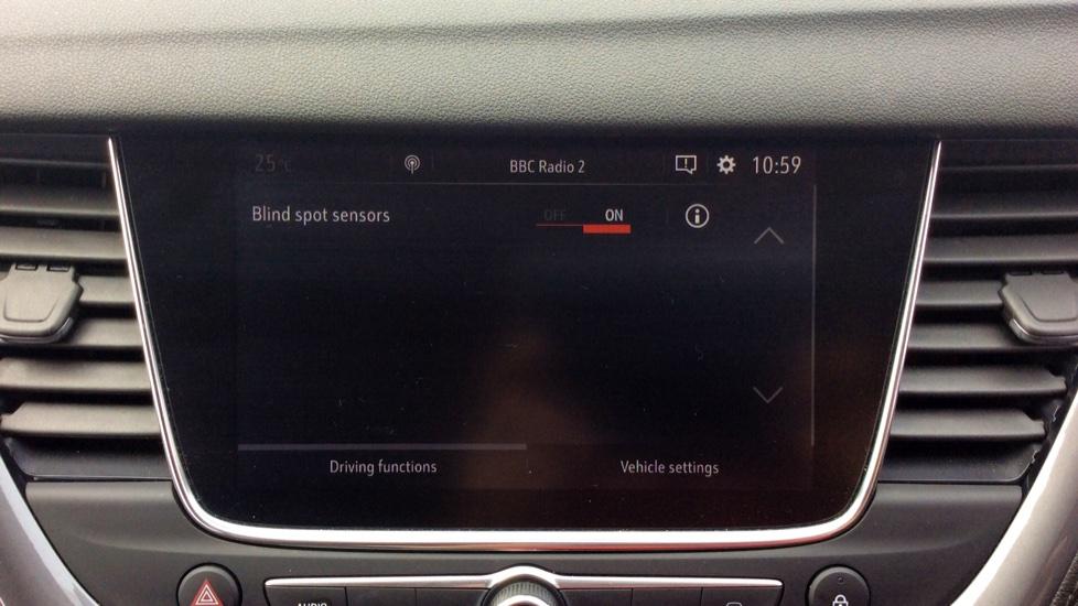 Vauxhall Grandland X 1.6 Turbo D Tech Line Nav image 17