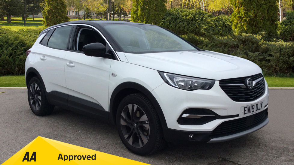 Vauxhall Grandland X 1.5 Turbo D Sport Nav [6 Speed] Diesel Automatic 5 door Hatchback (2019)