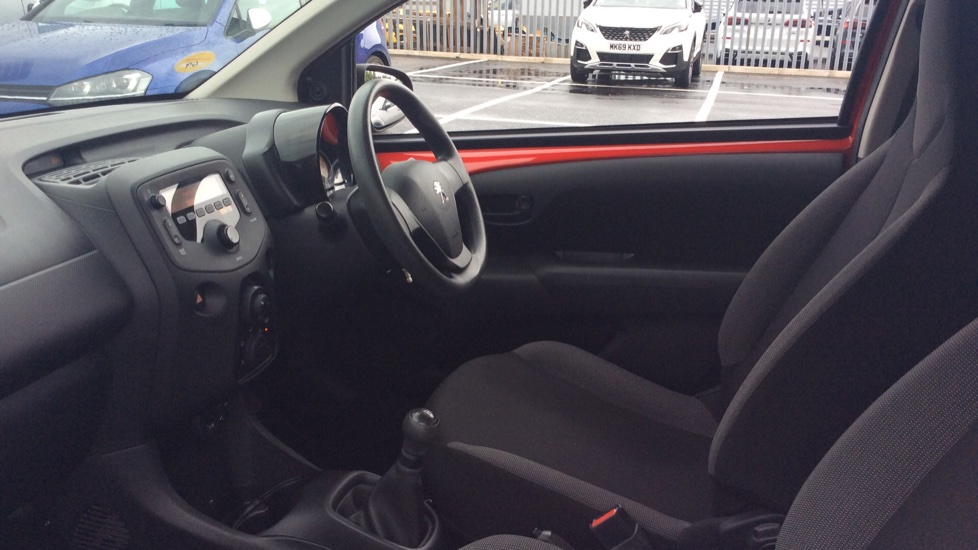 Peugeot 108 1.0 Access 3dr image 3