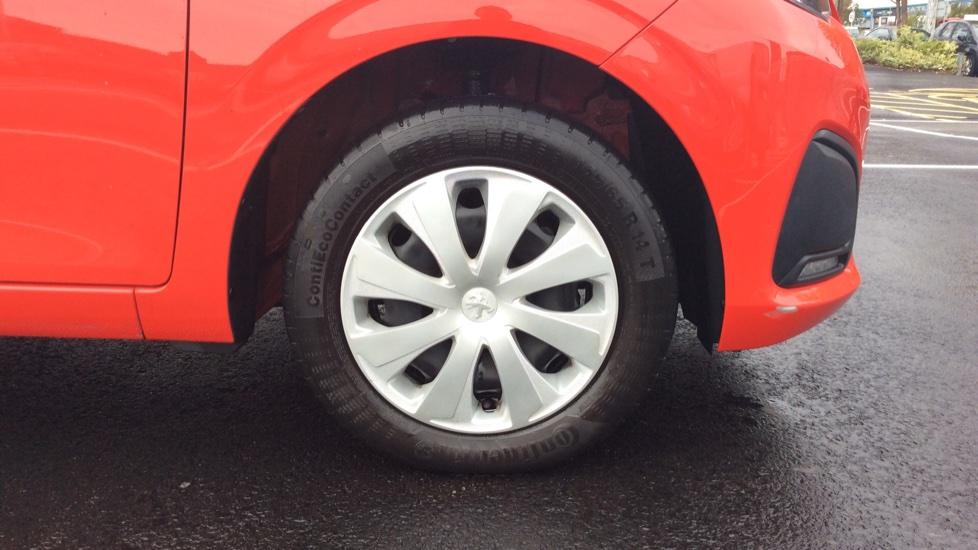 Peugeot 108 1.0 Access 3dr image 8
