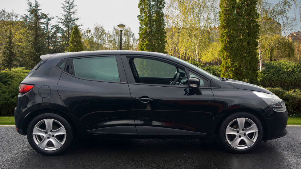 Renault Clio 1.2 16V Expression+ 5dr image 5 thumbnail