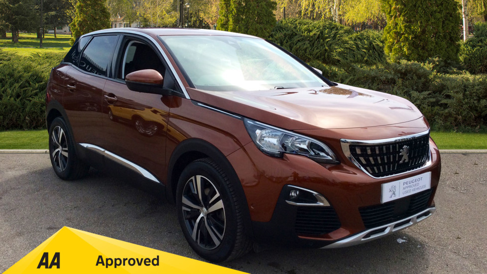 Peugeot 3008 1.2 Puretech Allure EAT6 Automatic 5 door Estate (2018) image