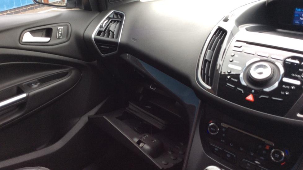 Ford Kuga 2.0 TDCi Titanium 5dr 2WD image 22