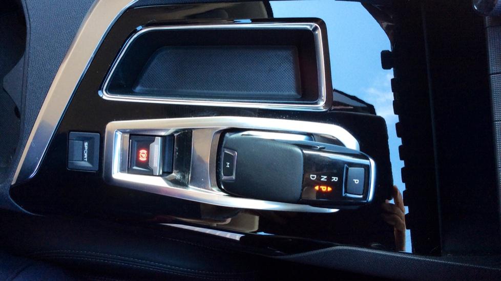 Peugeot 3008 1.6 PureTech 180 Allure EAT8 image 21