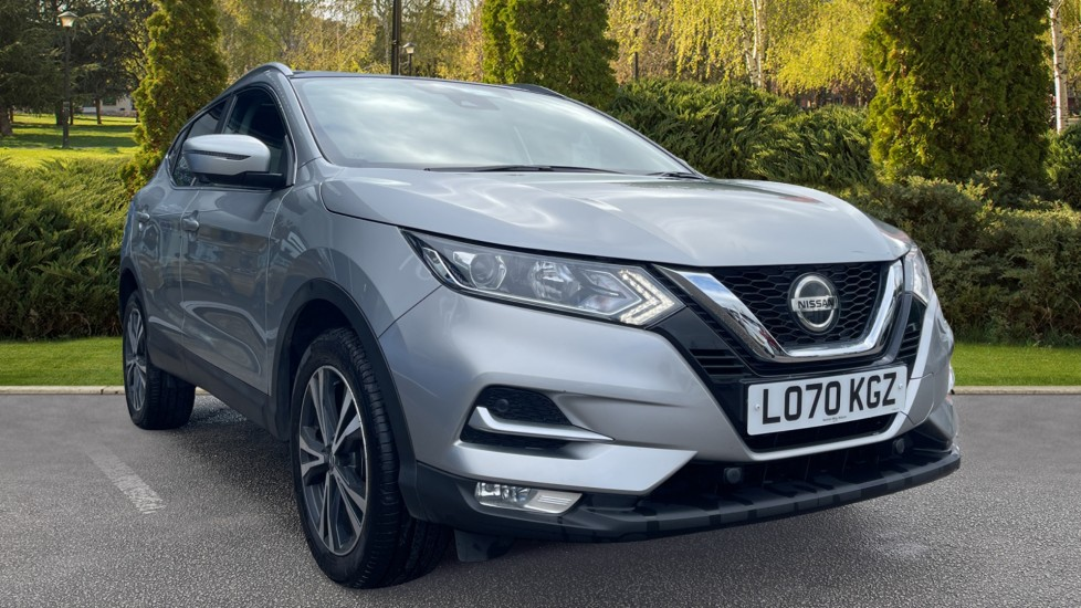 Nissan Qashqai 1.3 DiG-T 160 [157] N-Connecta DCT - Glass Roof, Reverse Camera & Satellite Navigation Automatic 5 door Hatchback (2020)