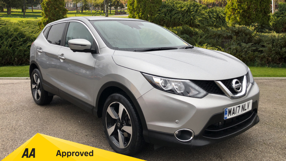 Nissan Qashqai 1.2 DiG-T N-Connecta Xtronic Automatic 5 door Hatchback (2017)