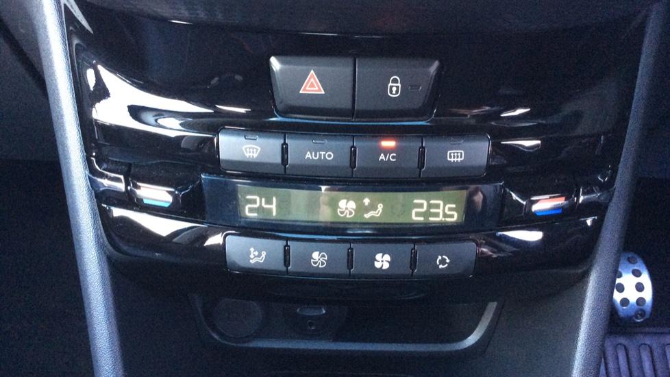 Peugeot 2008 SUV 1.6 BlueHDi 120 GT Line 5dr image 20