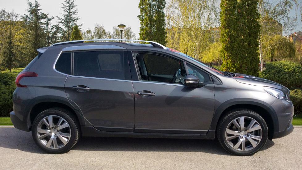 Peugeot 2008 SUV 1.2 PureTech 130 Allure 5dr image 5