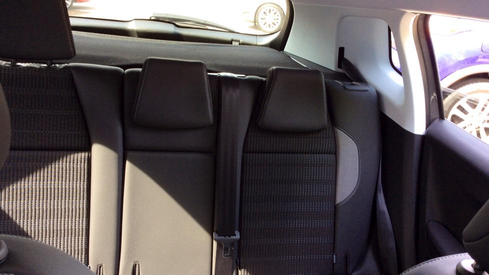 Peugeot 2008 SUV 1.2 PureTech 130 Allure 5dr image 26