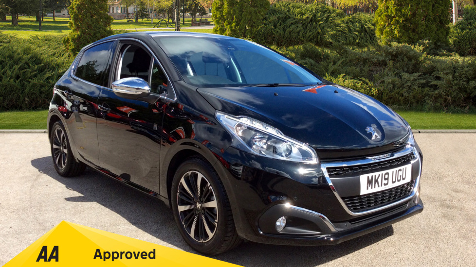 Peugeot 208 1.2 PureTech 82 Tech Edition [Start Stop] 5 door Hatchback (2019) at Warrington Motors Fiat, Peugeot and Vauxhall thumbnail image