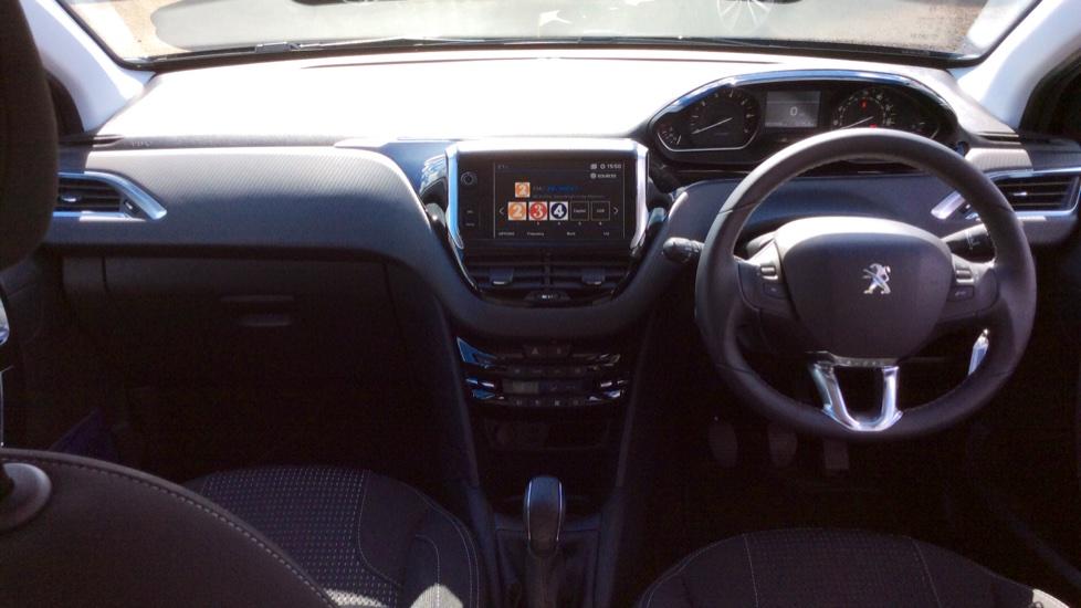 Peugeot 208 1.2 PureTech 82 Tech Edition [Start Stop] image 9
