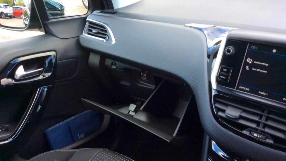 Peugeot 208 1.2 PureTech 82 Tech Edition [Start Stop] image 20