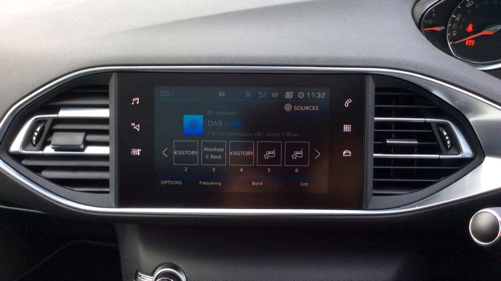 Peugeot 308 1.2 PureTech 130 Tech Edition 5dr image 15