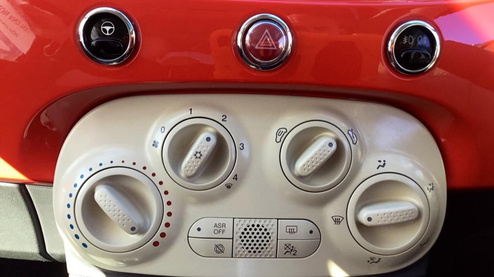 Fiat 500 1.2 Lounge ECO 3dr image 19