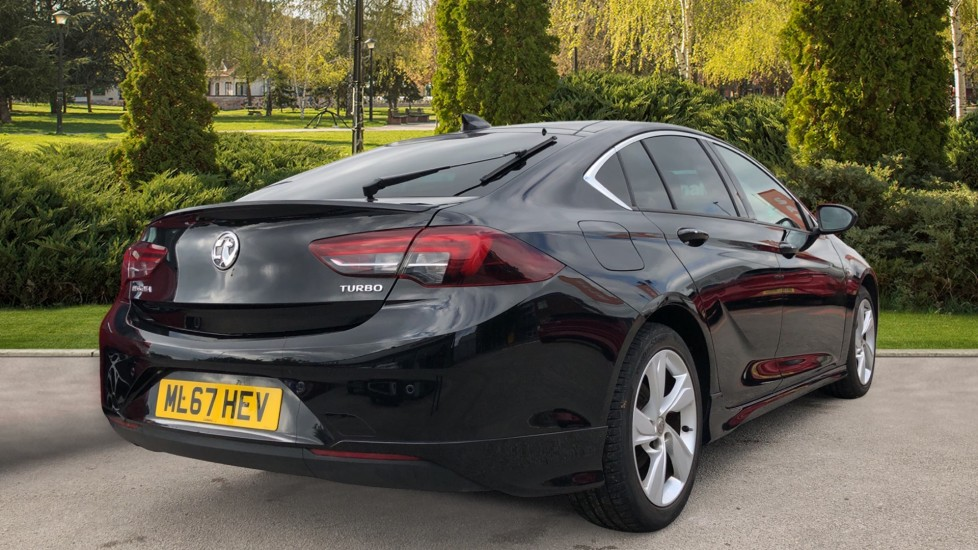 Vauxhall Insignia 1.5T SRi Vx-line Nav 5dr - Parking Sensors, Satellite Navigation & Cruise Control image 2