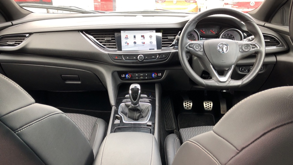 Vauxhall Insignia 1.5T SRi Vx-line Nav 5dr - Parking Sensors, Satellite Navigation & Cruise Control image 9