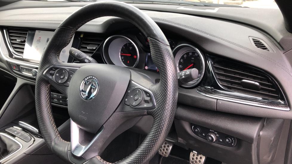 Vauxhall Insignia 1.5T SRi Vx-line Nav 5dr - Parking Sensors, Satellite Navigation & Cruise Control image 10