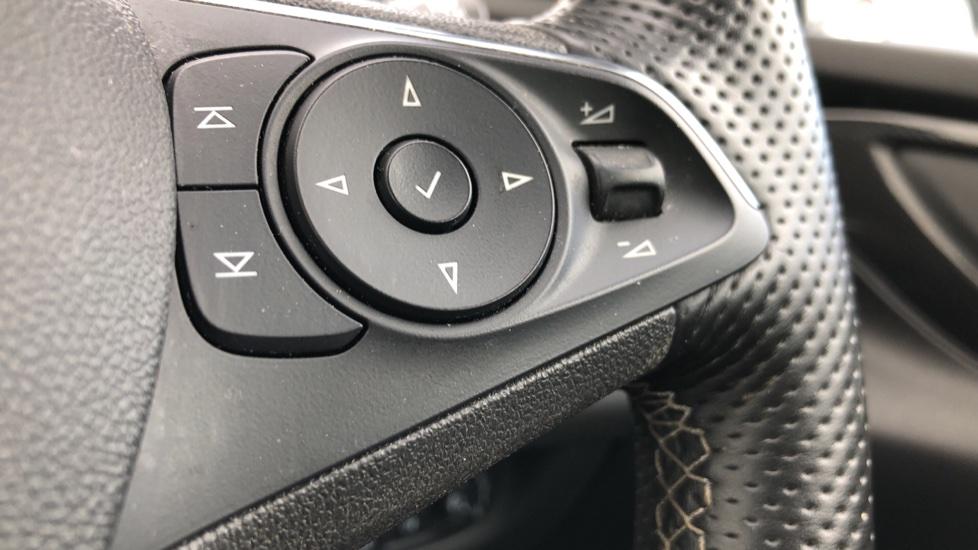 Vauxhall Insignia 1.5T SRi Vx-line Nav 5dr - Parking Sensors, Satellite Navigation & Cruise Control image 15