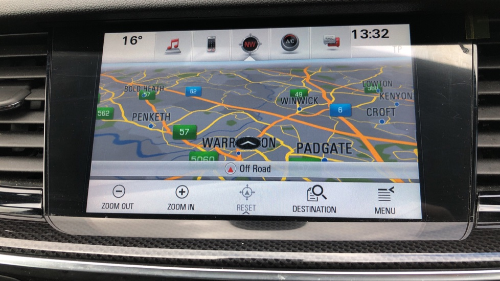 Vauxhall Insignia 1.5T SRi Vx-line Nav 5dr - Parking Sensors, Satellite Navigation & Cruise Control image 21