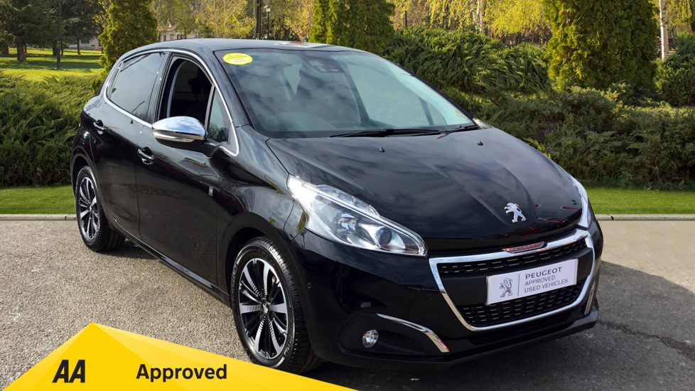 Peugeot 208 1.2 PureTech 82 Tech Edition 5dr [Start Stop] Hatchback (2018) available from Bolton Motor Park Abarth, Fiat and Mazda thumbnail image